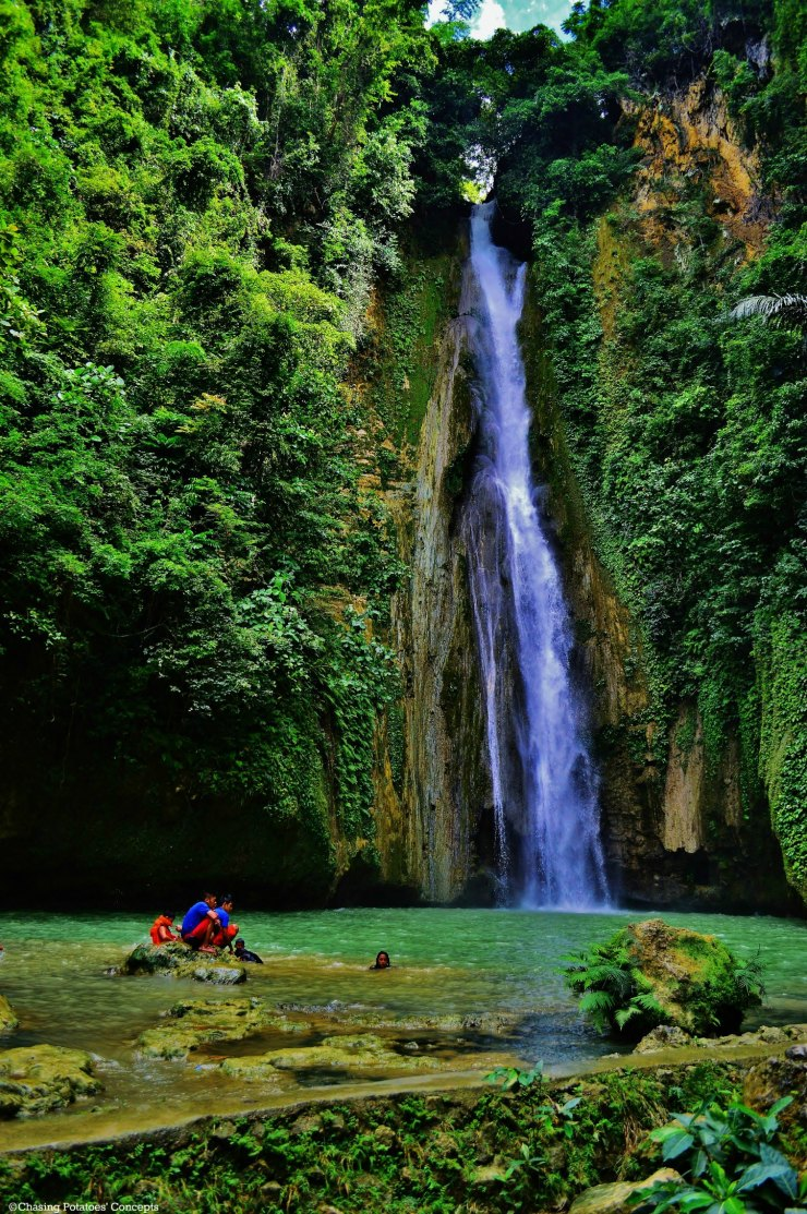 Awesome Mantayupan Falls