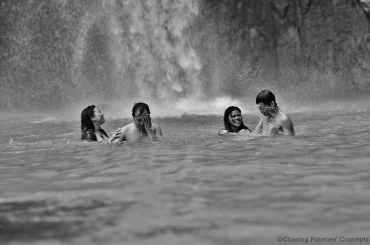 Pairs (Inambakan Falls)