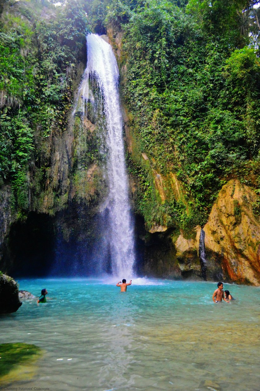 swimming (Inambakan Falls)