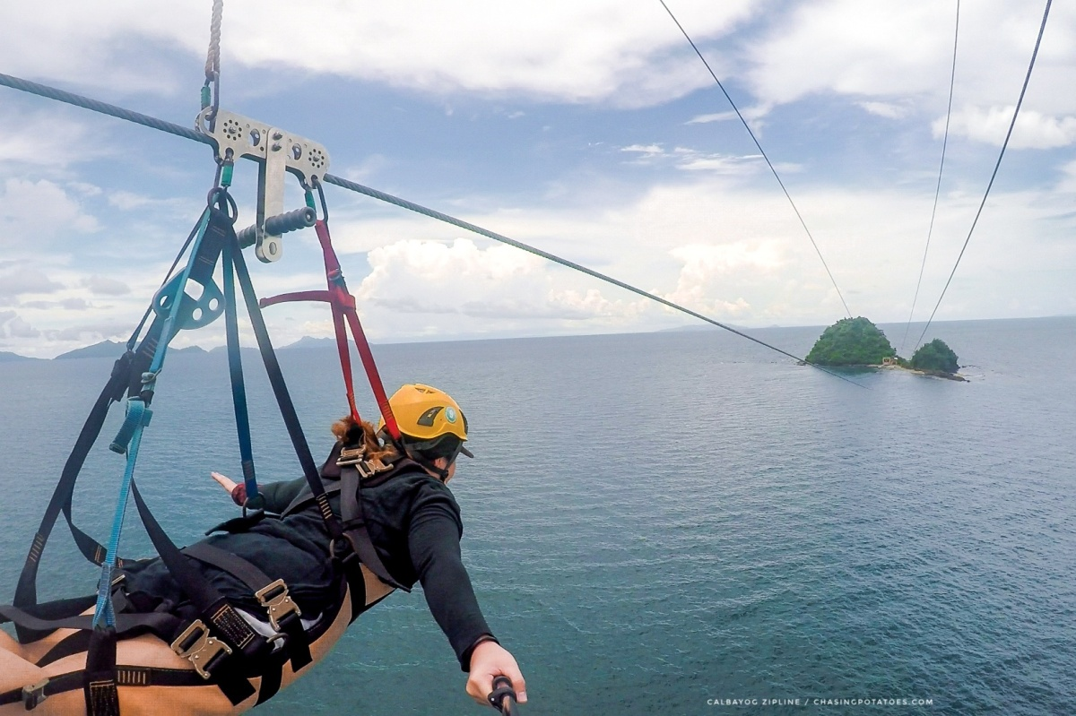 CALBAYOG ZIPLINE : An Exhilarating 750-Meter Zipline Experience of Gliding Above the Ocean to Another Island